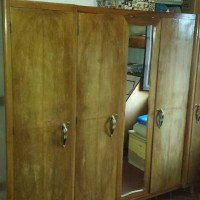 Vendo armadio in legno a 4 ante